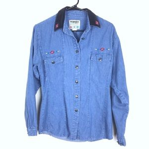 Wrangler western embroidered top